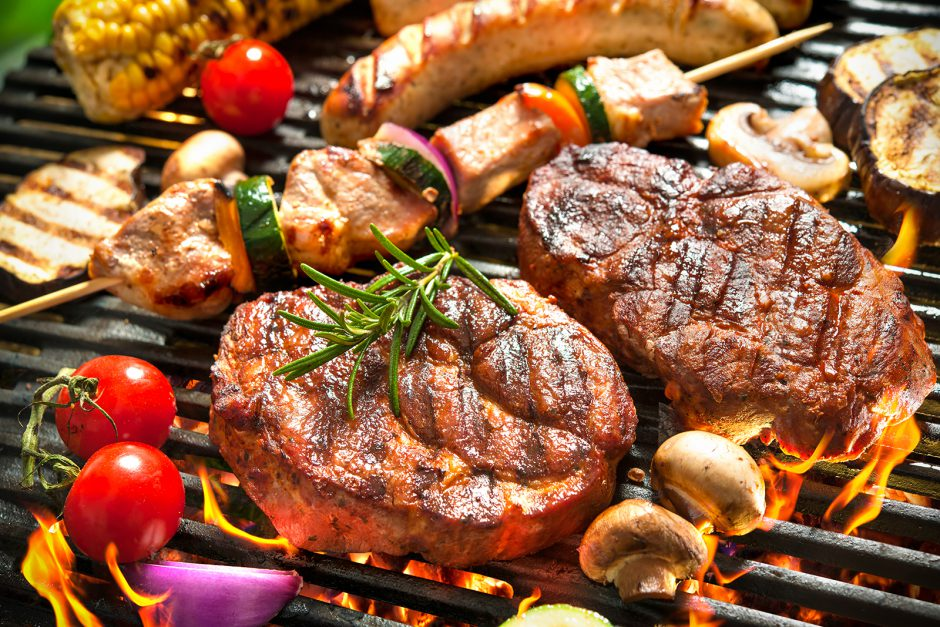 Assorted,Delicious,Grilled,Meat,With,Vegetables,Over,The,Coals,On